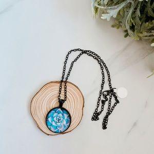 Jewelry - Blue lotus necklace